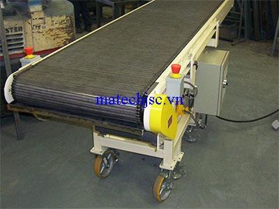 Băng tải xích lưới inox khung thép sơn tĩnh điện