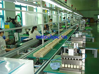 Băng truyền xích trong ngành sản xuất linh kiện ô tô